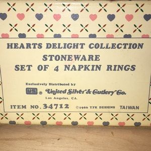 United Silver & Cutlery Co Dining - 4 napkin rings